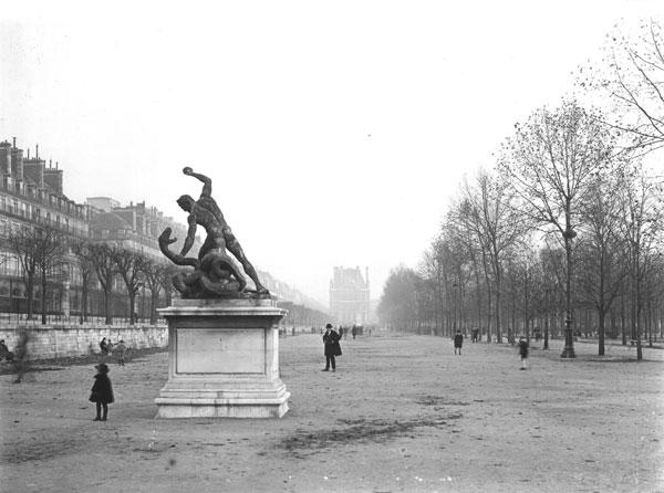 Yvons Paris